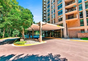 9039 Sligo Creek Parkway Silver Spring,Maryland 20901,2 Bedrooms Bedrooms,1 BathroomBathrooms,Condominium,Parkside Plaza,Sligo Creek Parkway,7,1049
