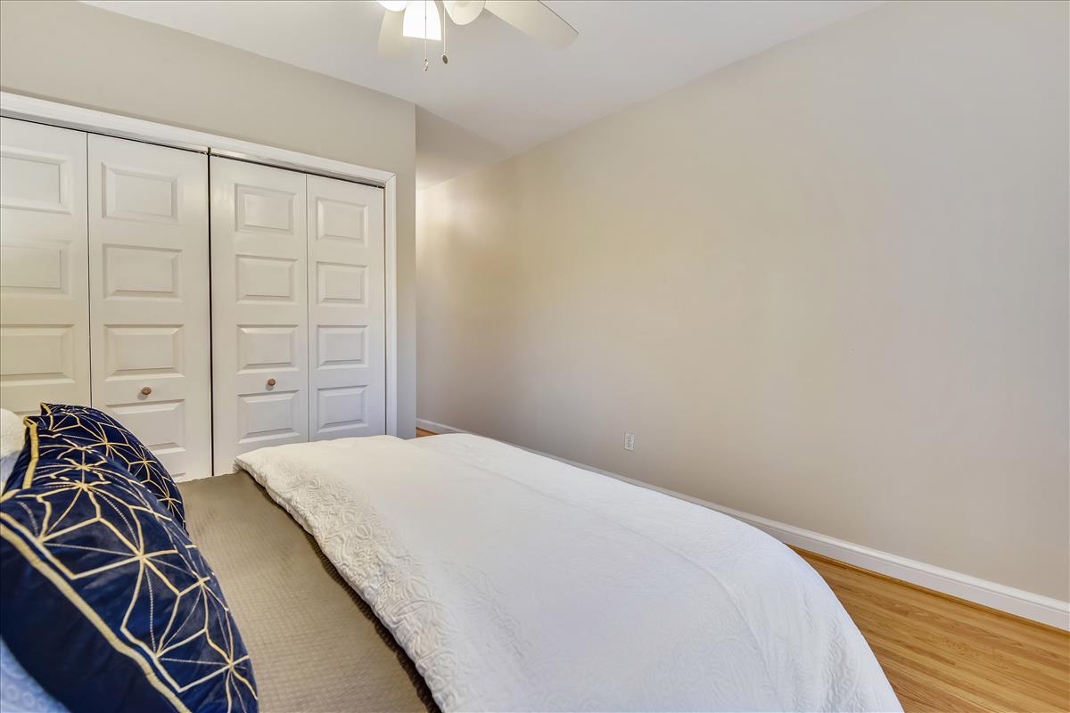 1618 Florida Avenue NW,Washington,District Of Columbia 20009,4 Bedrooms Bedrooms,3 BathroomsBathrooms,Single Family Home,Florida Avenue,1060