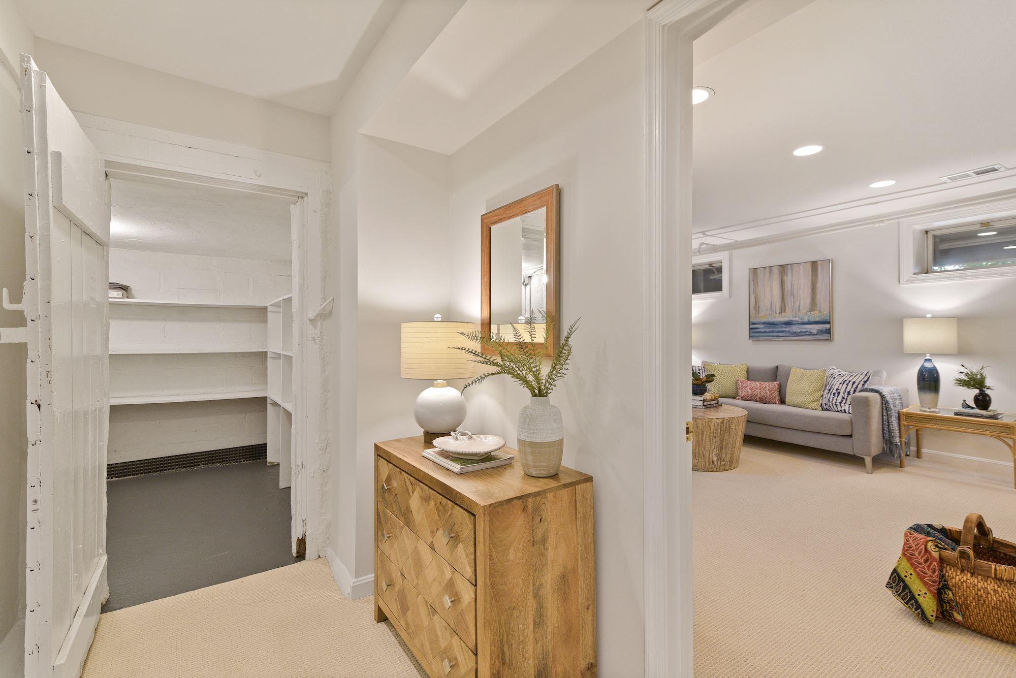 3620 Raymond Street,Chevy Chase,Maryland 20815,6 Bedrooms Bedrooms,4 BathroomsBathrooms,Single Family Home,Raymond Street,1064